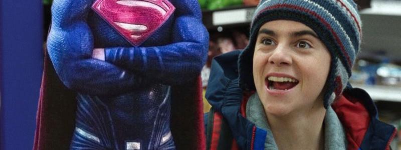 Какой актер сыграл Супермена в «Шазаме»?