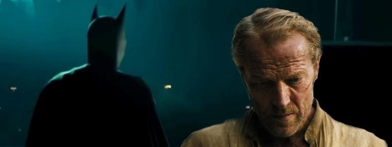 Как выглядит Иэн Глен в роли Бэтмена