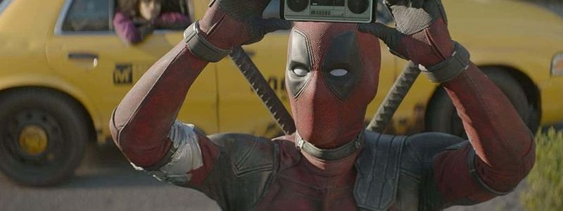 Фанатские постеры тизерят Дэдпула в киновсленной Marvel
