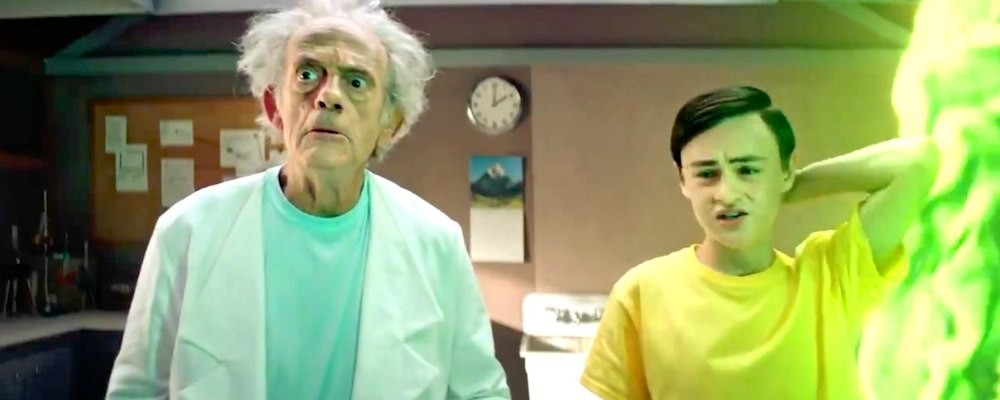 Перед выходом финала 5 сезона Кристофер Ллойд появился в новом ролике «Рика и Морти»