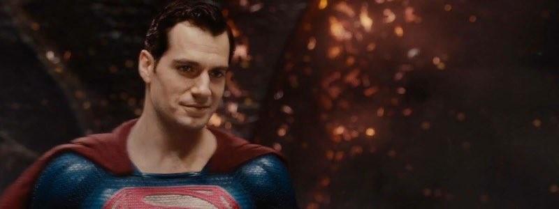 Генри Кавилл в роли Супермена на этом постере «Человека из стали 2»