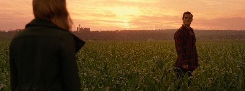 Голый Супермен на вырезанном кадре «Лиги справедливости» от Снайдера