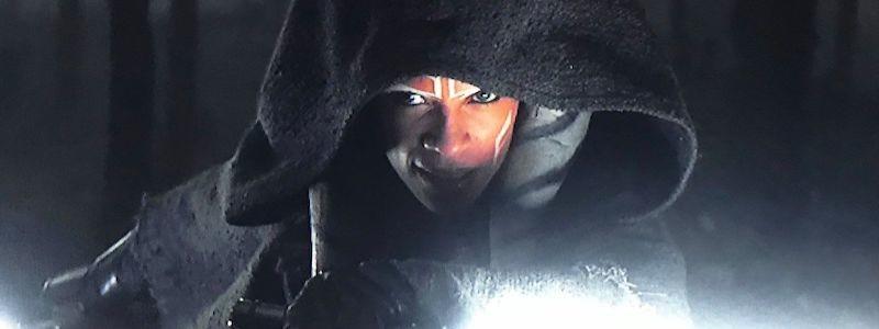 Объяснение, почему у Асоки белые световые мечи во 2 сезоне «Мандалорец»