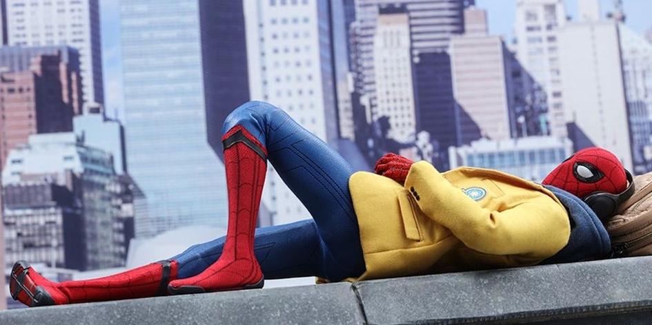 Описание сцен после титров «Человек-паук: Возвращение домой»