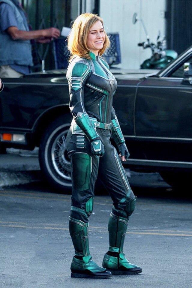 «Капитан Марвел»: Первый взгляд на костюм супергероя. Неожиданно!
