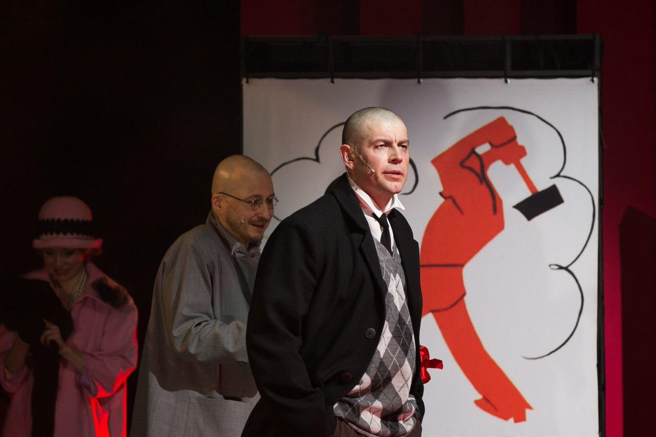 Рецензия на мюзикл «Маяковский», театр Луны. Переживания великого поэта