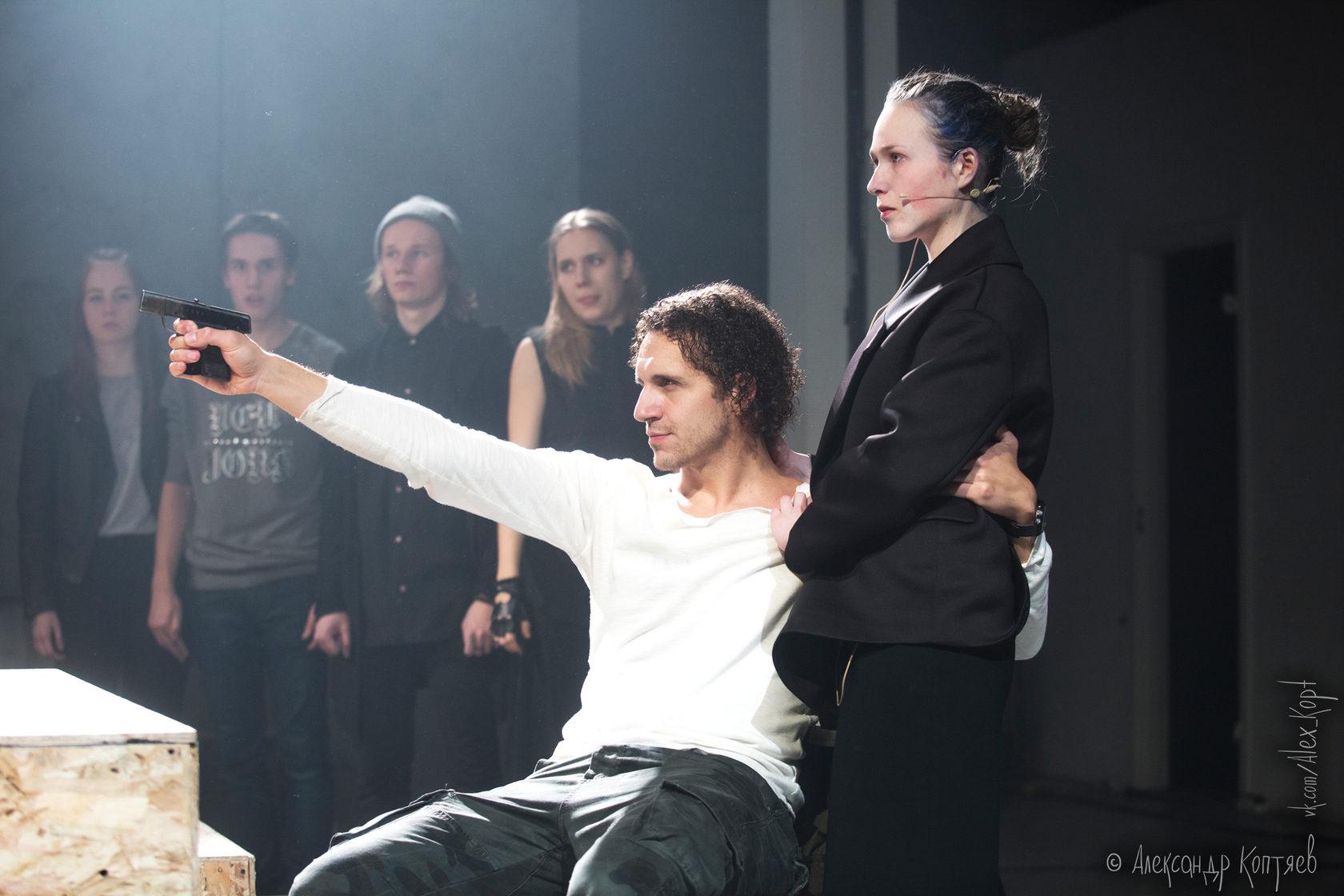 Рецензия на спектакль «Мария Стюарт». Такой блокбастер от «Такого театра»