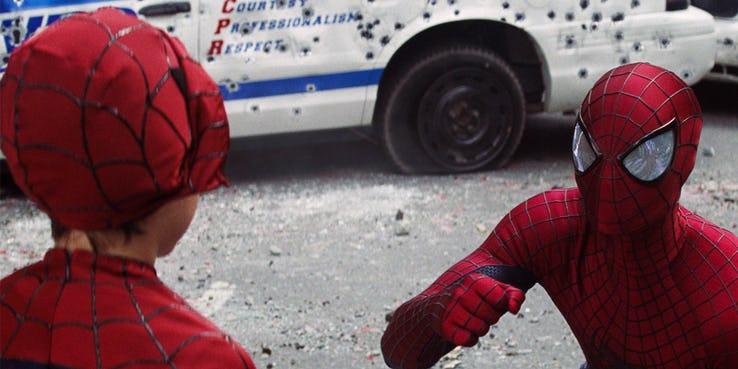 Как Sony уничтожила Человека-паука. А затем спасла его