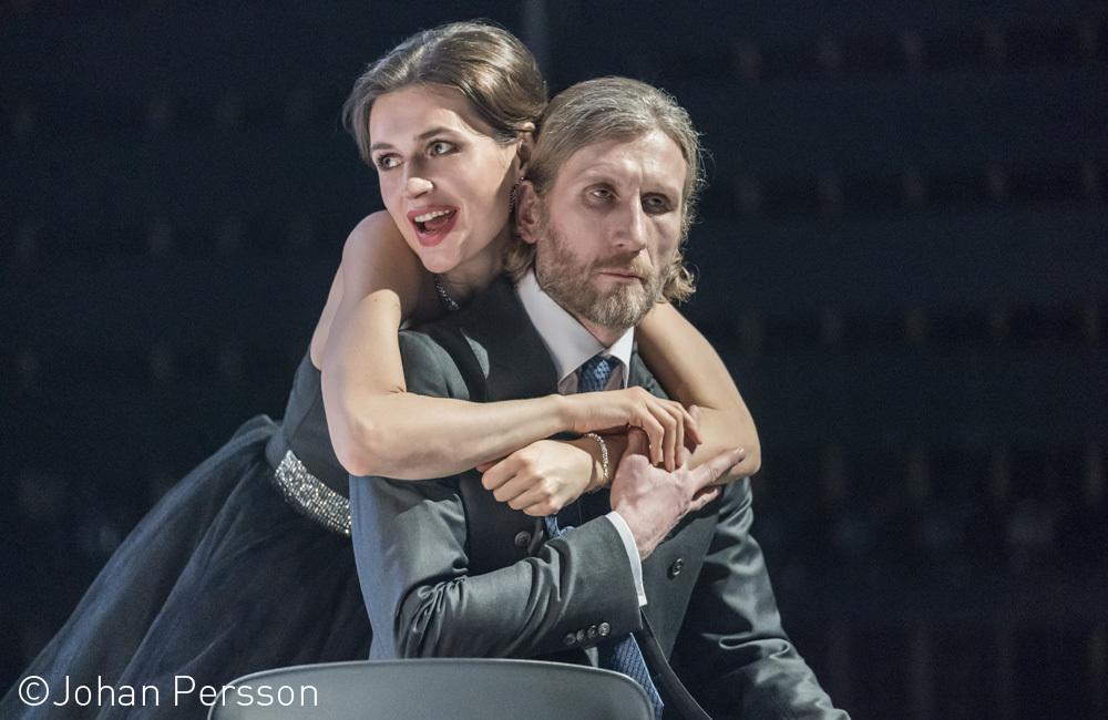 Рецензия на спектакль «Рыцарь пламенеющего пестика» в театре им.А.С.Пушкина. «Я жарю на масле!»