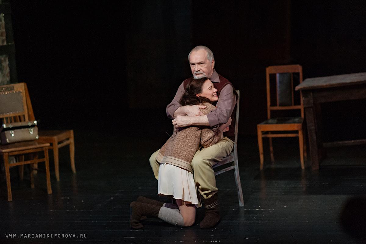 Премьера спектакля «Дневник Анны Франк» в театре им. Е. Вахтангова