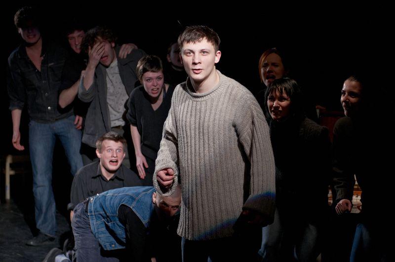 Рецензия на спектакль «Башлачёв. Человек поющий», Большой театр кукол. Башлачёв — это мы
