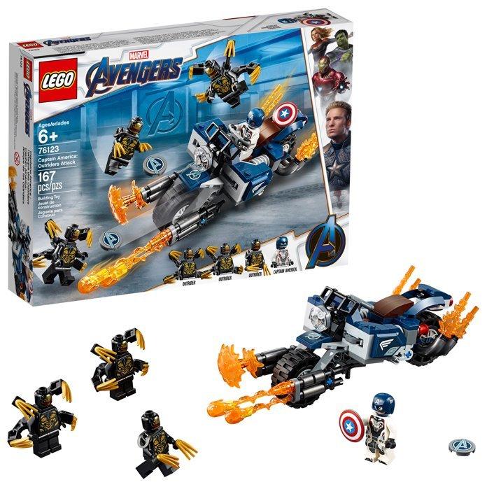 LEGO раскрыли новые спойлеры «Мстителей 4: Финал»: атака Таноса и транспорт Кэпа