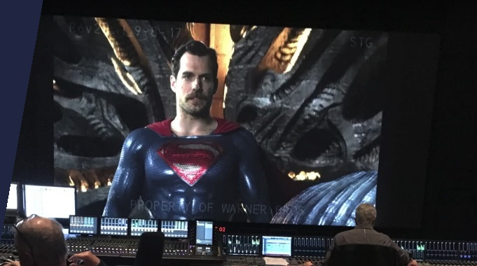 Так выглядел усатый Супермен Генри Кавилла из «Лиги справедливости»