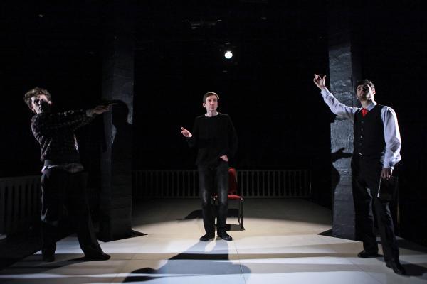 Рецензия на спектакль «Спасти камер юнкера Пушкина», Театр «Суббота». В зеркало посмотрелись?