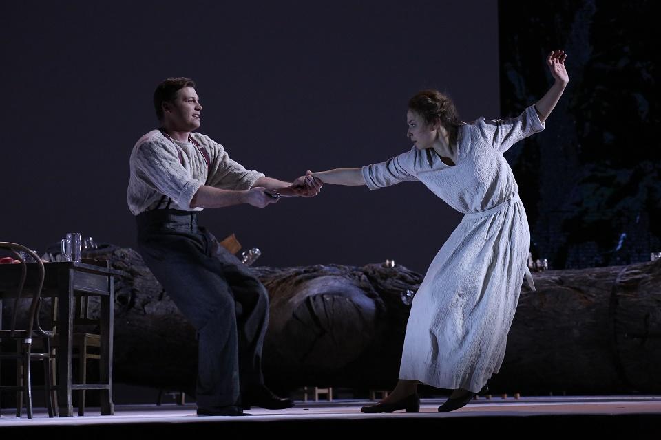 Рецензия на оперу «Енуфа», МАМТ. Когда замужество – единственная социально одобряемая стратегия