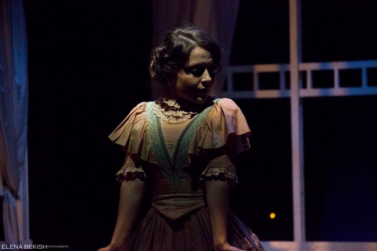 Рецензия на спектакль «Вечер в Сорренте», театр «АпАрте». Только миг