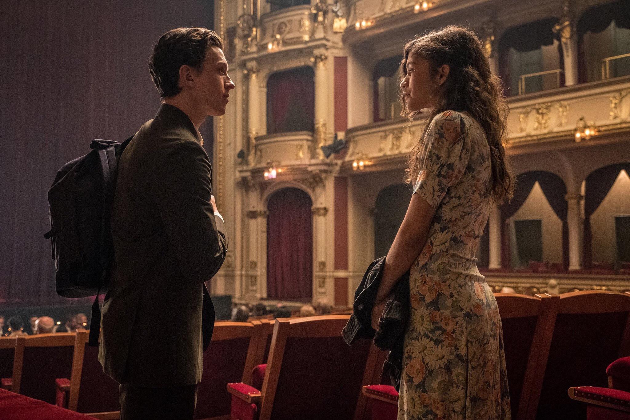 Свежие кадры «Человека-паука: Вдали от дома» показали Мистерио и свидание Питера
