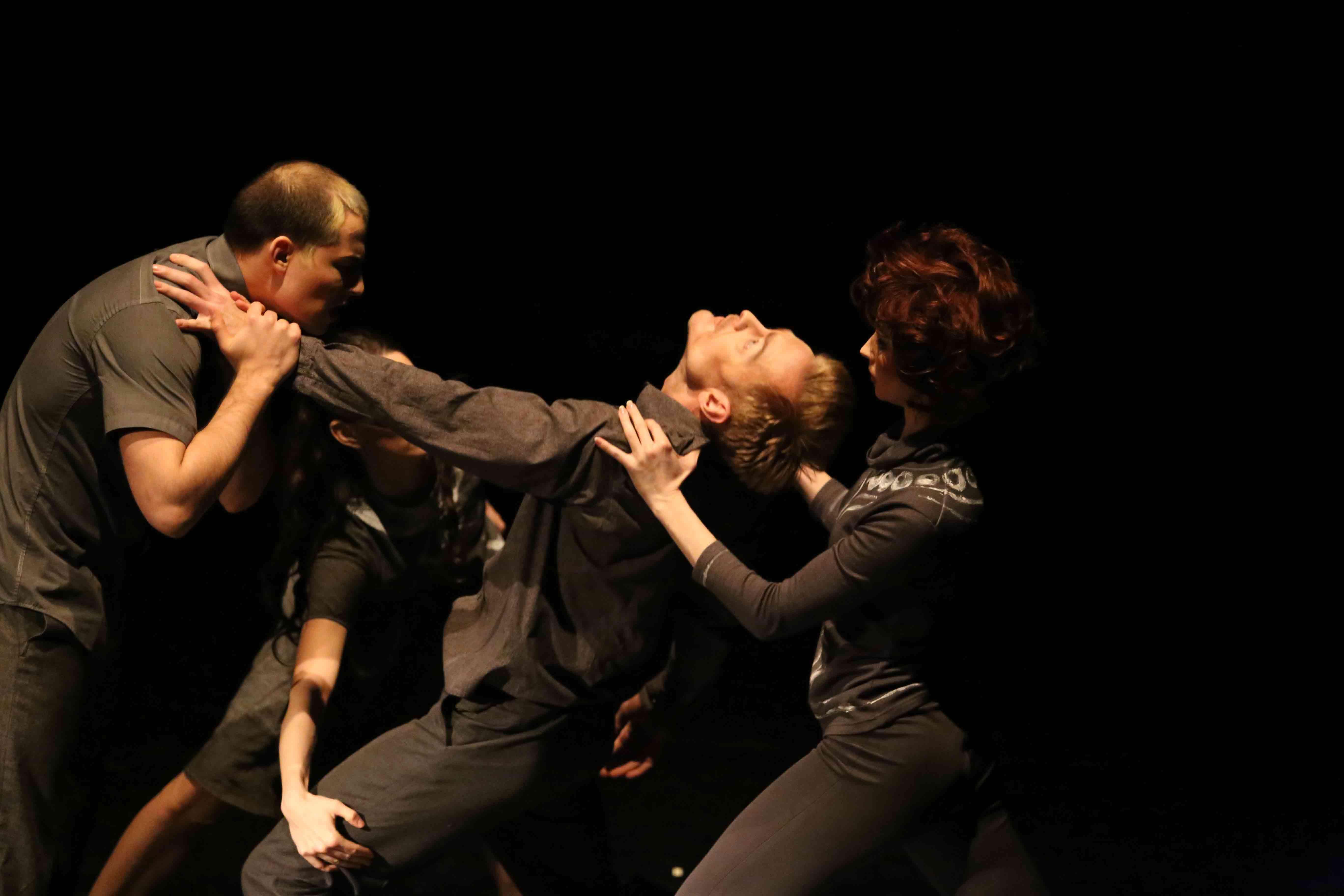 Ода любви современной хореографии. «Точка пересечения» в МАМТ