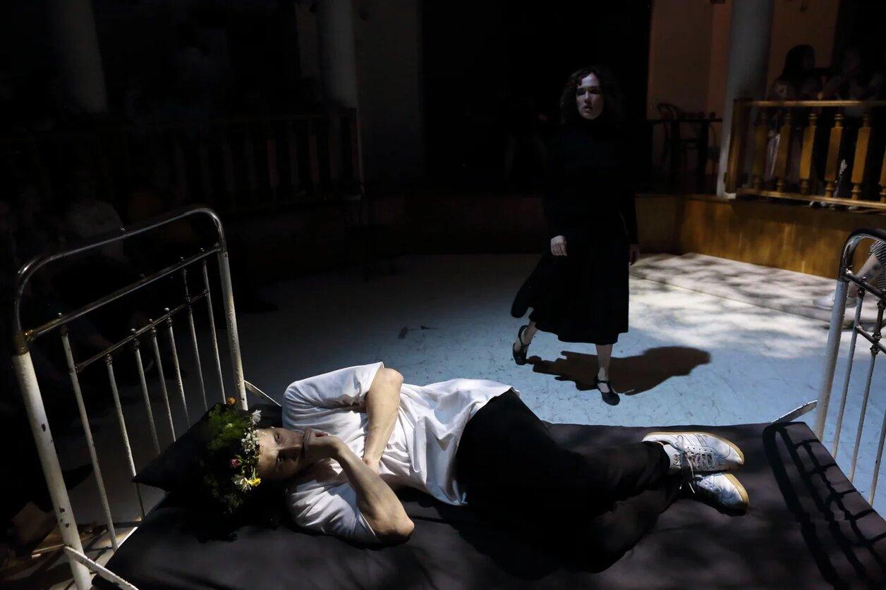 Рецензия на спектакль «Неодушевленная Галина N2», ШДИ. Недоступное одиночество