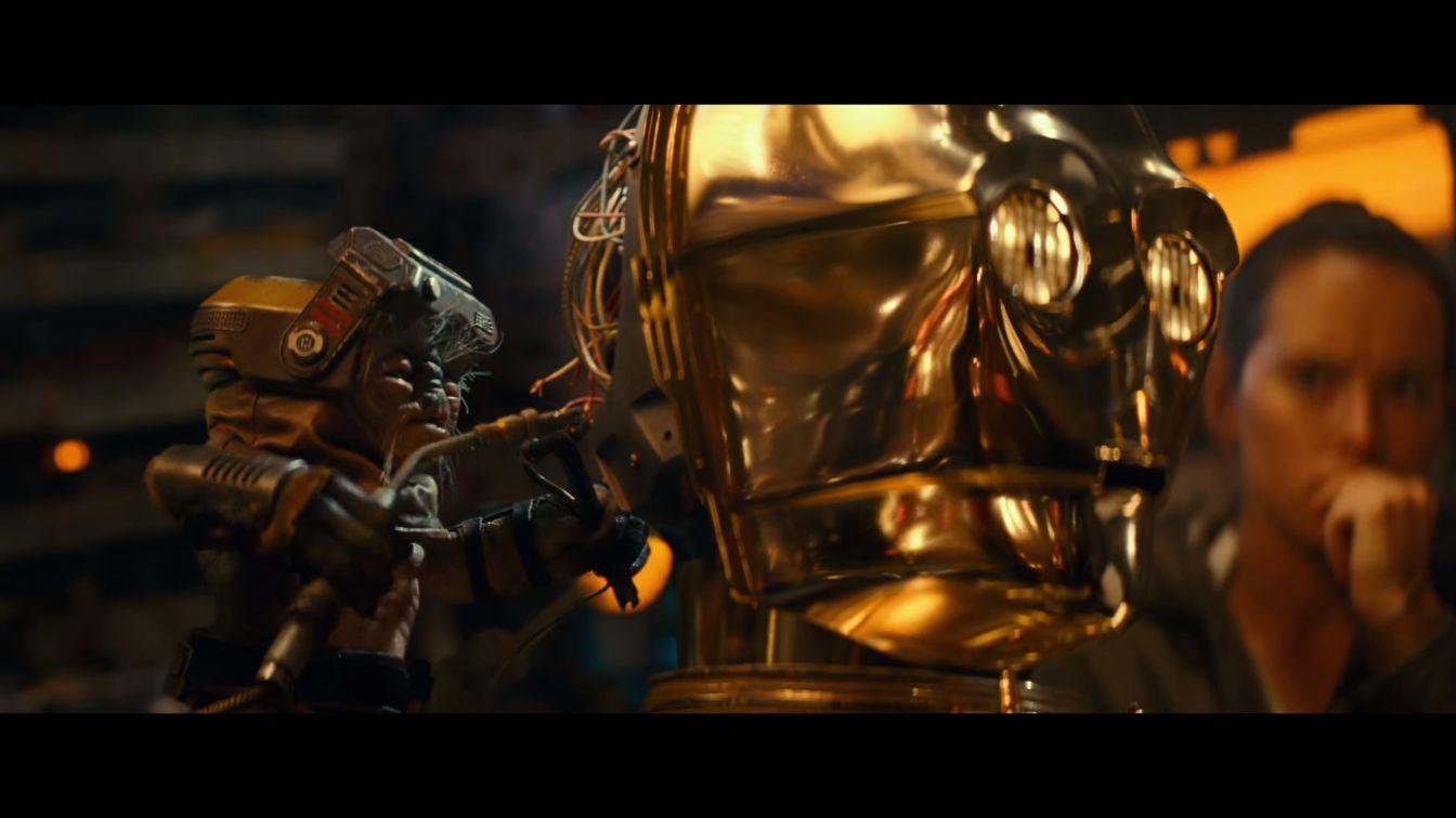 Трейлер тизерит смерть героя в «Звездных войнах 9: Скайуокер. Восход»