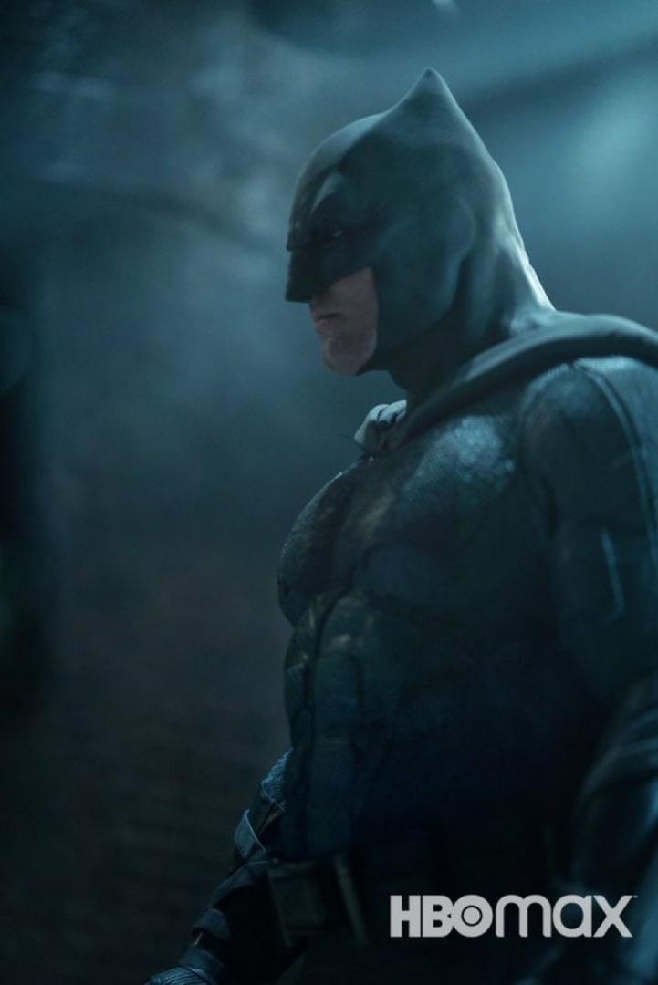 Бэтмен на новом кадре режиссерской версии «Лиги справедливости»