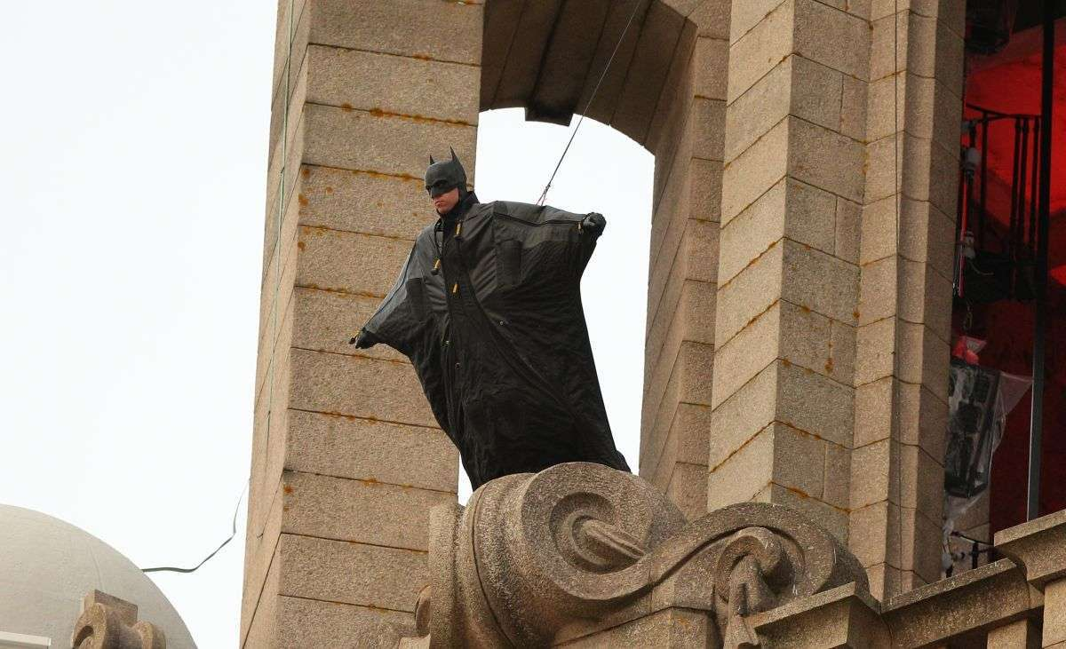 Новый взгляд на костюм Бэтмена Роберта Паттинсона