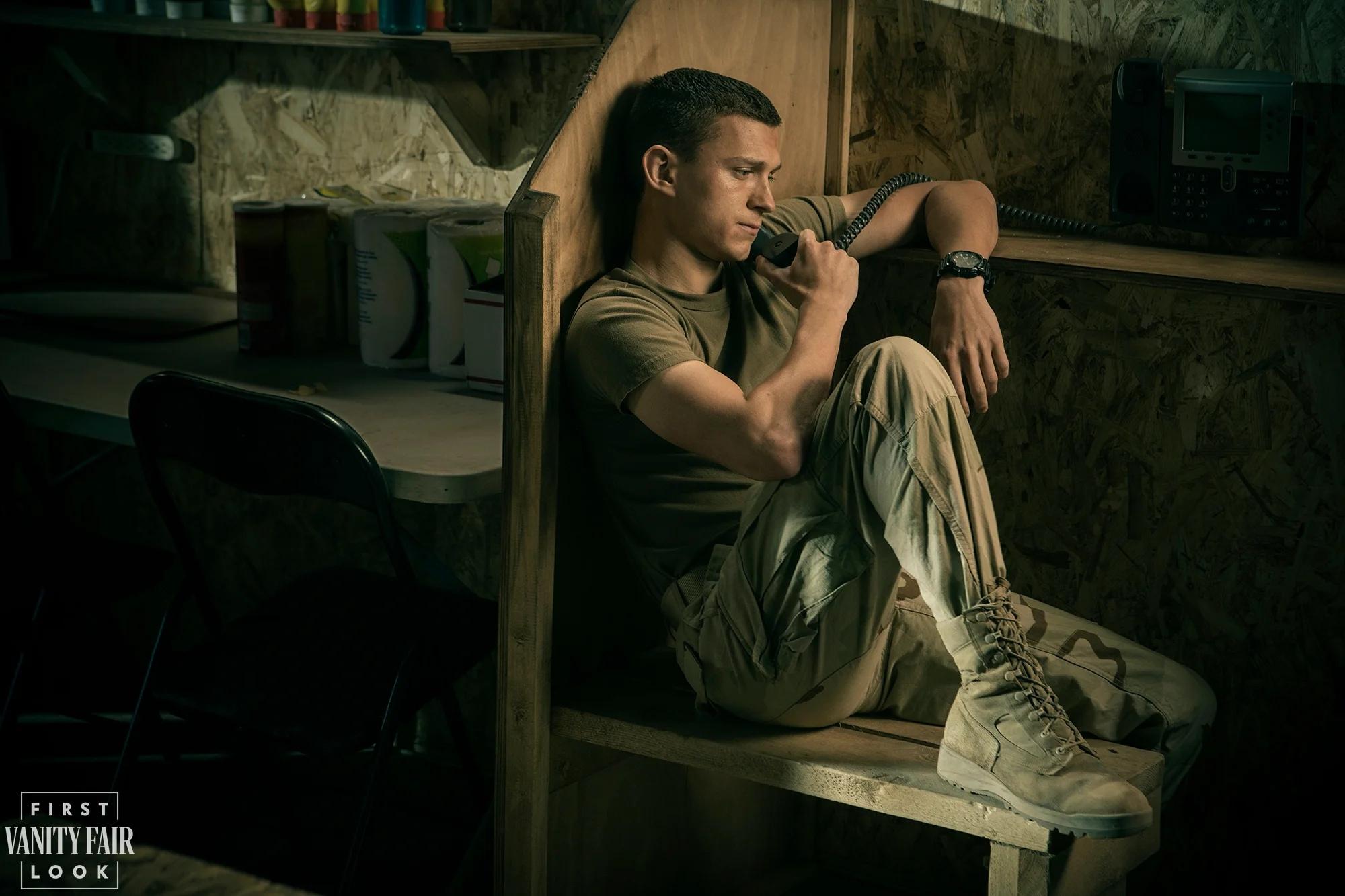 Том Холланд на кадрах фильма «Черри» от режиссеров «Мстителей: Финал»