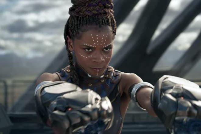 Фанаты Marvel призывают отменить «Черную пантеру 2» из-за Летиши Райт