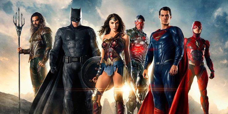 Где были Бэтмен и Супермен во время событий «Чудо-женщины 1984»