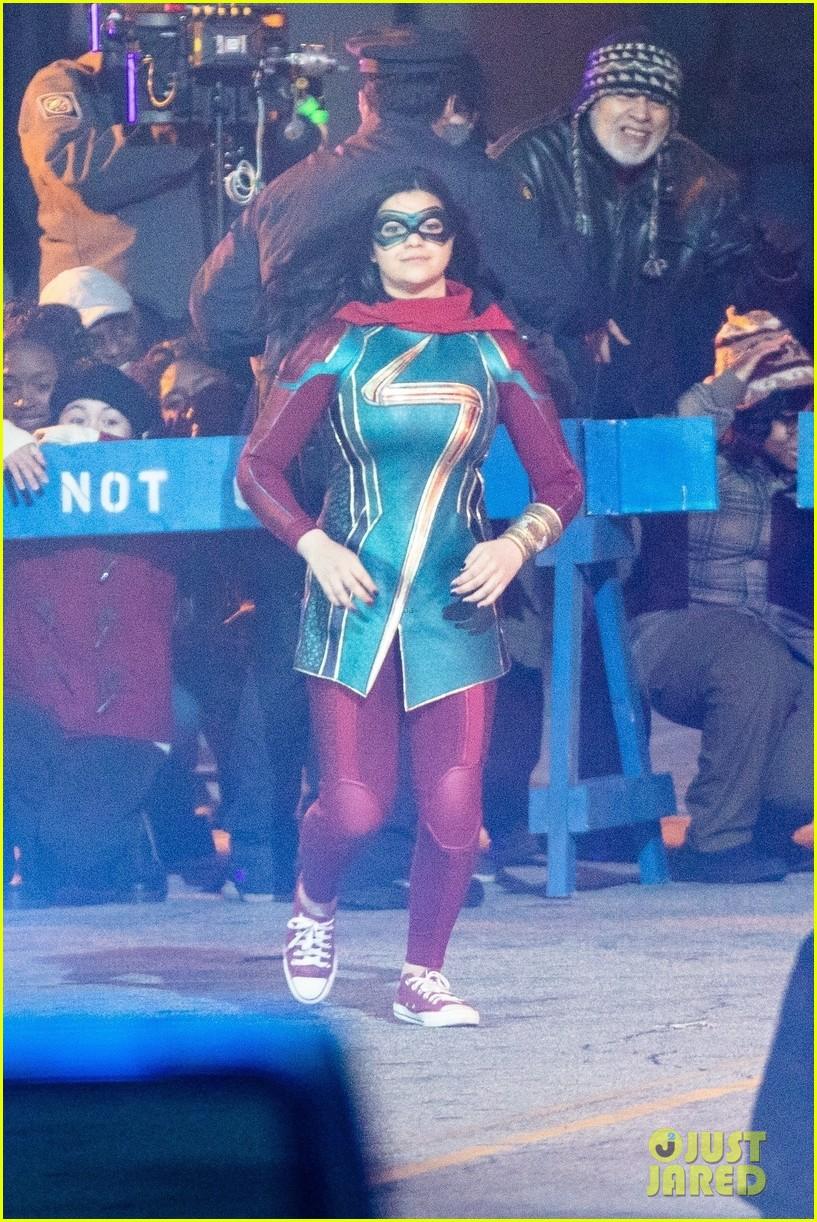 Раскрыт полный костюм Мисс Марвел и киновселенной Marvel