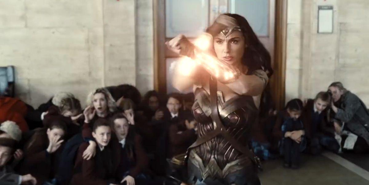 Слух: Галь Гадот заменят в роли Чудо-женщины в фильмах DC