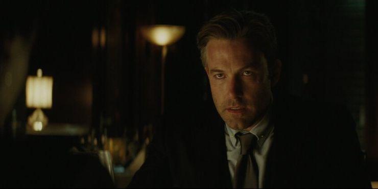 Где находится Бэтмен во время событий «Отряда самоубийц 2: Миссия навылет»